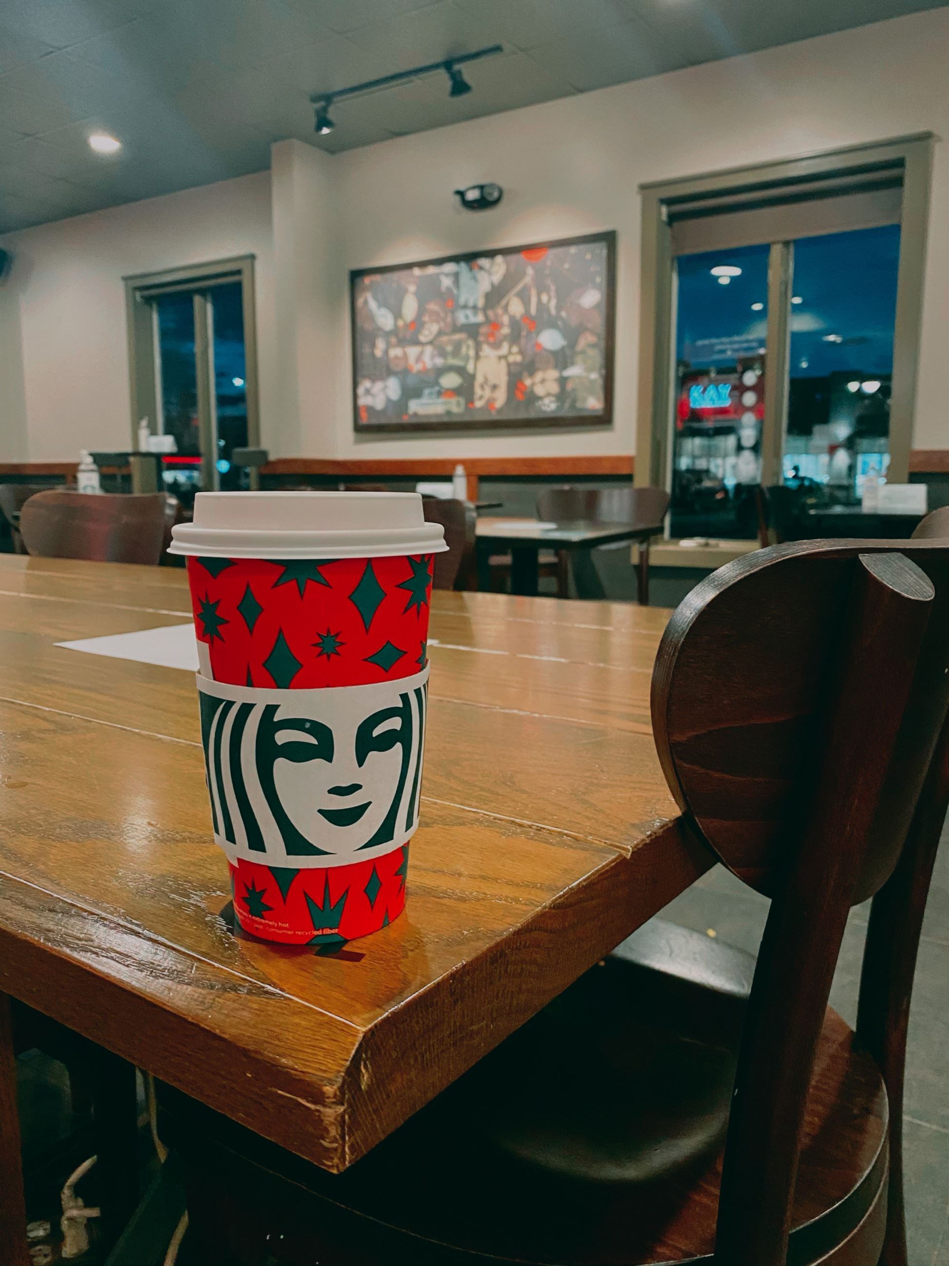 PHOTOVOICE - Calm Atmosphere at Starbucks